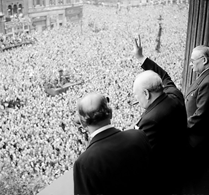the life and contributions of winston churchill