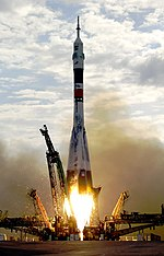 Soyuz TMA-2 launch.jpg