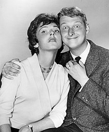 Elaine May and Mike Nichols 1960.JPG