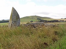 Inschfield Stone Circle with Dunnideer behind - geograph.org.uk - 929294.jpg