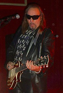 Frehley in 2011